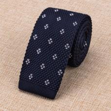 Gebreide stropdas donkerblauw met wit patroon